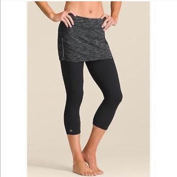 312d28b6fc Athleta Pants | Aurora Contender 2 In 1 Yoga Skirt Legging | Poshmark